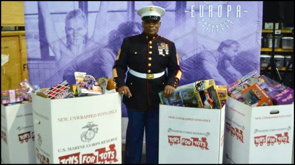 pearson-toys for tots-europa