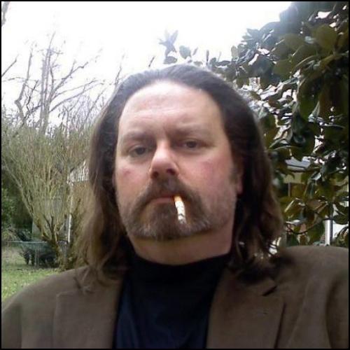 charles-cigarette